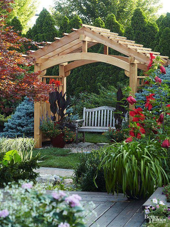 двускатная садовая беседка